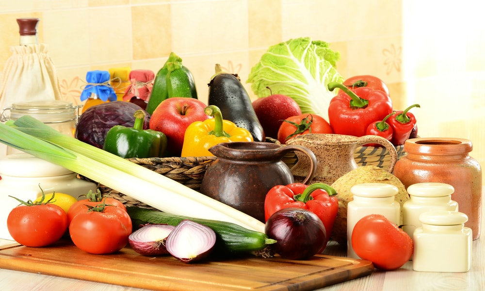 The Pros and Cons of Raw Foodism