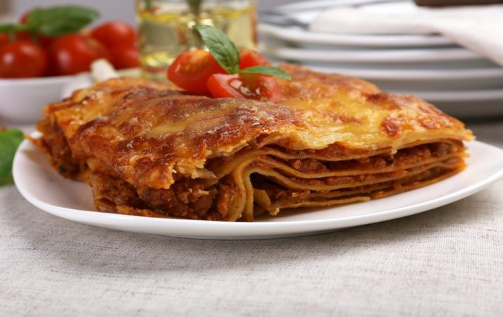 Lasagna with Meat/Bechamel Vs Chicken Kabsa